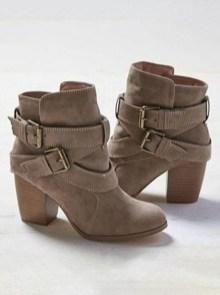 Charming Christmas Heels Ideas For Cute Women20