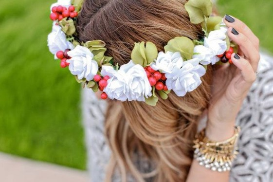 Charming Diy Winter Crown Holiday Party Ideas07