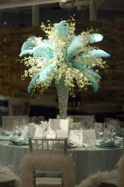 Classy Winter Wonderland Wedding Centerpieces Ideas15