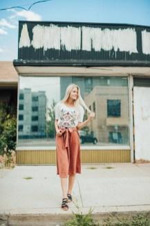 Elegant Midi Skirt Winter Ideas22