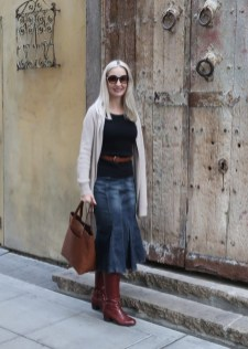 Elegant Midi Skirt Winter Ideas37
