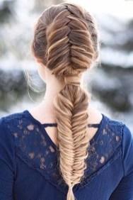 Latest Winter Hairstyle Ideas27