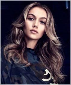 Latest Winter Hairstyle Ideas28