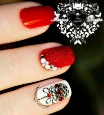 Outstanding Christmas Nail Art New 2017 Ideas05