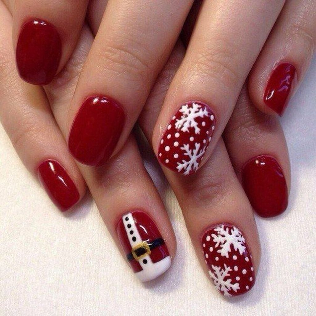 Outstanding Christmas Nail Art New 2017 Ideas22