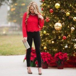 Outstanding Christmas Outfits Ideas10