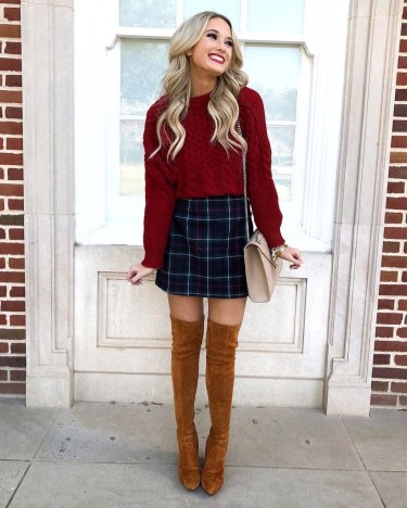 Awesome Winter Dress Outfits Ideas With Boots34