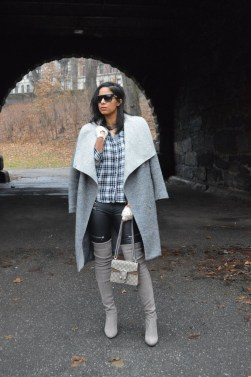 Flawless Winter Dress Outfits Ideas35