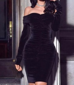 Flawless Winter Dress Outfits Ideas39