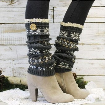 Incredible Winter Outfits Ideas With Leg Warmers33
