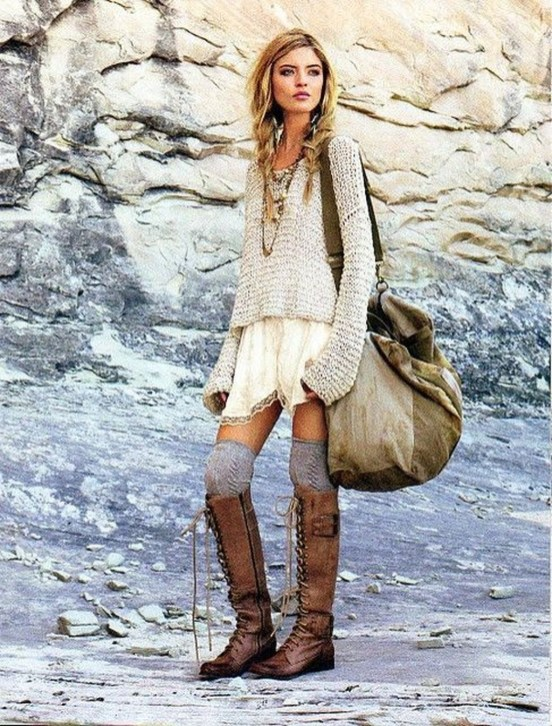 Incredible Winter Outfits Ideas With Leg Warmers36