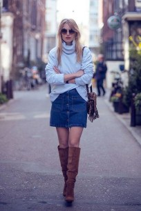 Stunning Winter Outfits Ideas With Skirts32