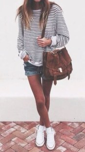 Captivating Spring Outfit Ideas05
