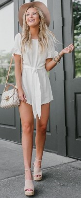 Captivating Spring Outfit Ideas28