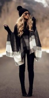 Impressive Holiday Outfits Ideas14