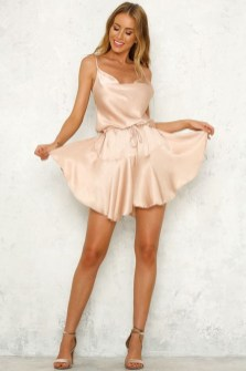 Inspiring Prom Outfits For Spring37