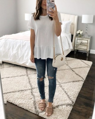 Latest Jeans Outfits Ideas For Spring09