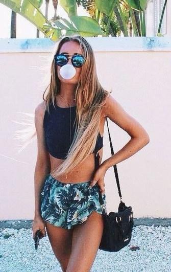 Stylish Fashion Beach Outfit Ideas44
