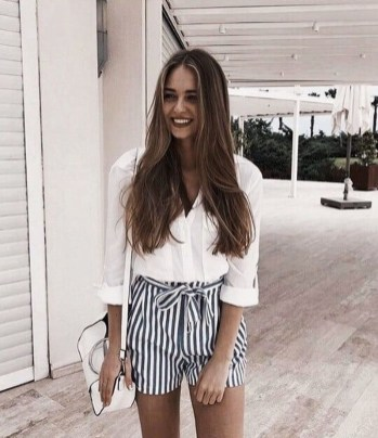 Attractive Spring Outfits Ideas09