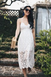 Gorgeous Maternity Wedding Outfits Ideas For Spring03