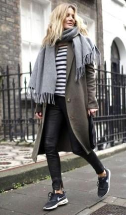 Inspiring Street Style Ideas For Women17