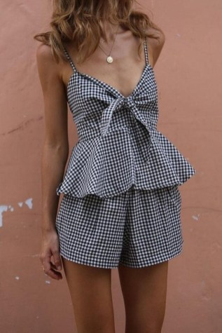 Latest Summer Outfit Ideas For Womens33