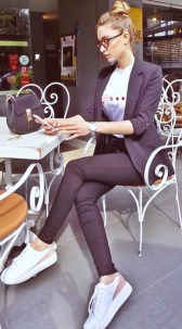 Outstanding Outfit Ideas To Wear This Spring11