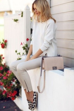 Outstanding Outfit Ideas To Wear This Spring21