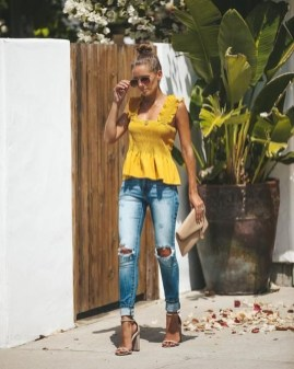 Wonderful Summer Outfits Ideas For Ladies36
