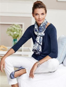 Best Ideas To Wear A Scarf Stylishly This Spring11