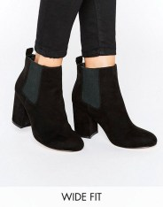 Best Ideas To Wear Wide Ankle Boots This Spring28