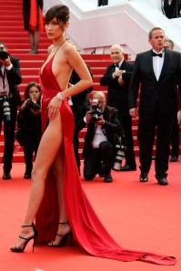 Fascinating Red Dress Ideas20