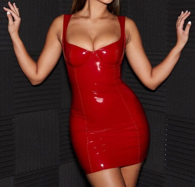 Fascinating Red Dress Ideas36