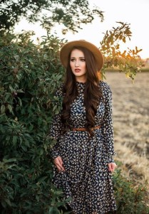 Unordinary Retro Outfit Ideas For Girl10