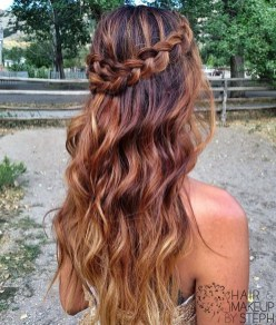 Captivating Boho Hairstyle Ideas For Curly And Straight Hair12