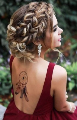 Captivating Boho Hairstyle Ideas For Curly And Straight Hair18