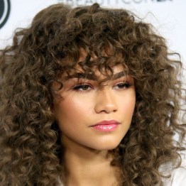 Captivating Boho Hairstyle Ideas For Curly And Straight Hair19
