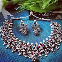 Captivating Silver Accessories Ideas For Add In Your Appearance12