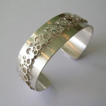 Captivating Silver Accessories Ideas For Add In Your Appearance18