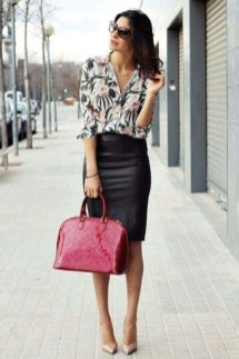 Fashionable Work Outfit Ideas To Try Now31