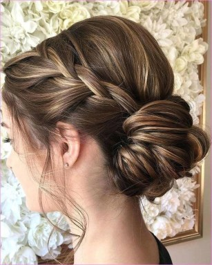 Rustic Hairstyle Ideas For Wedding18