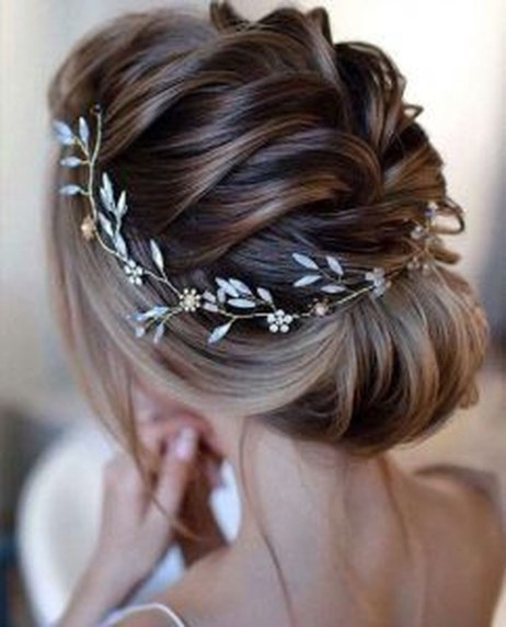 Rustic Hairstyle Ideas For Wedding19