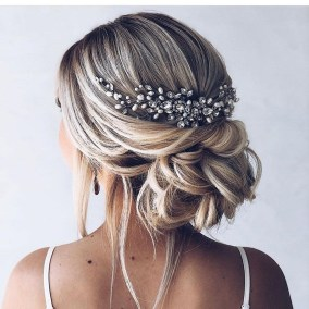 Rustic Hairstyle Ideas For Wedding21
