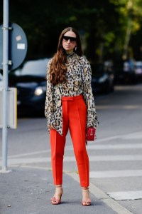 Charming Winter Outfits Ideas To Go To Office10