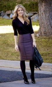 Charming Winter Outfits Ideas To Go To Office13