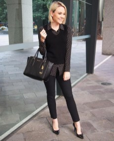 Charming Winter Outfits Ideas To Go To Office41