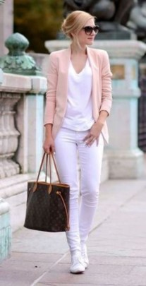 Creative Work Outfits Ideas For Womens36