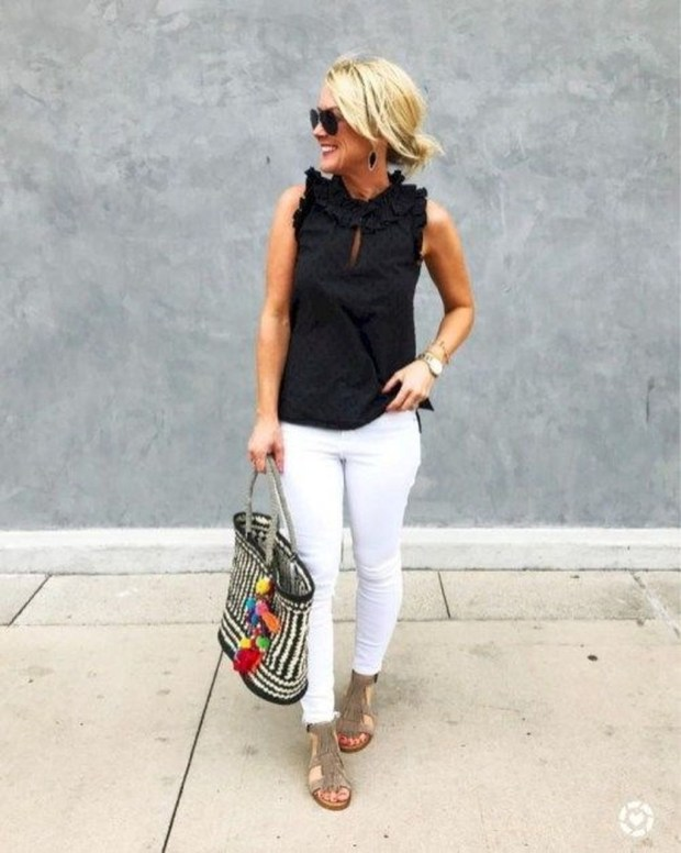 Cute Summer Outfits Ideas For Women You Must Try38