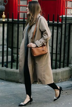 Fancy Work Outfits Ideas With Black Leggings To Copy Right Now06