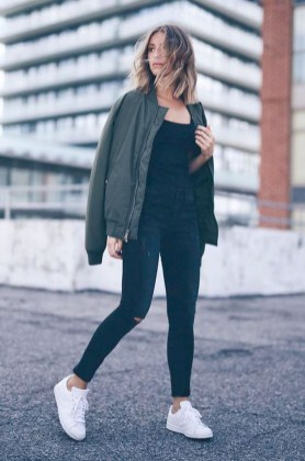 Attractive Sneakers Outfit Ideas For Fall And Winter33